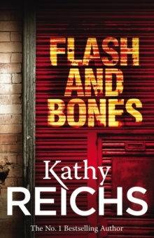 Flash and Bones : (Temperance Brennan 14), Paperback Book