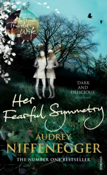 Her Fearful Symmetry, Paperback Book