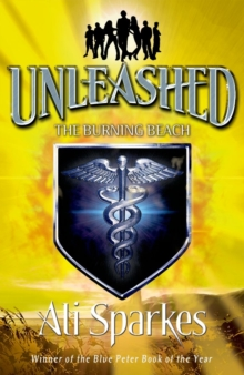 Unleashed 5: The Burning Beach, Paperback Book