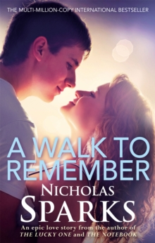 A Walk To Remember, Paperback Book