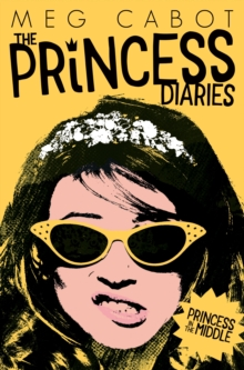 Princess in the Middle, Paperback Book