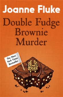 Double Fudge Brownie Murder (Hannah Swensen Mysteries, Book 18), Paperback Book