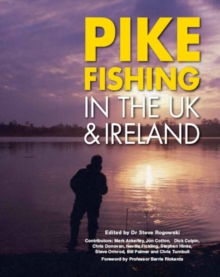 Pike Fishing in the UK and Ireland, Hardback Book